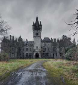 bigstock-Nothing-left-anymore-65077561-min